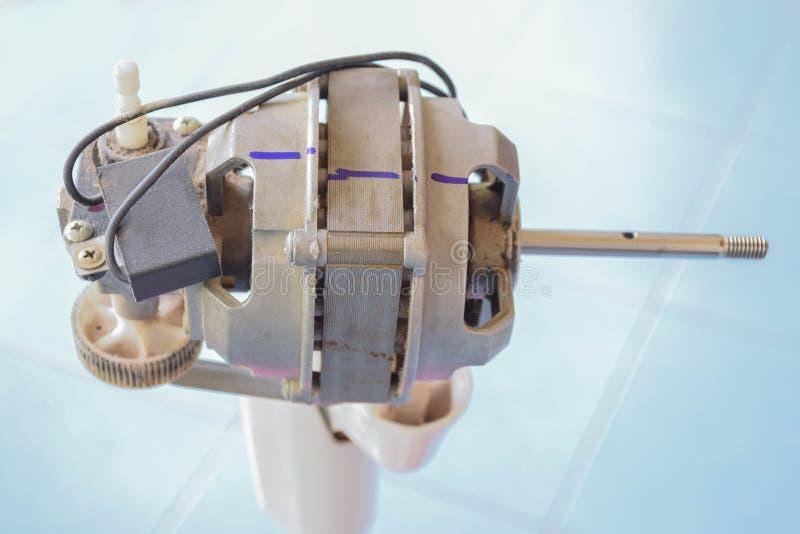 Le foyer mou le ventilateur électrique de bobine, câblage cuivre, les moteurs électriques partie, comment le faire par vous-même image stock