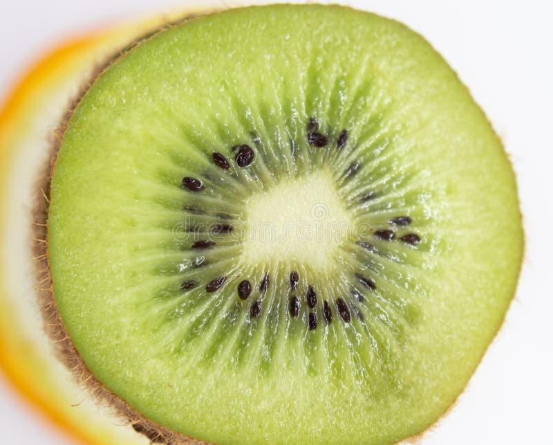 Le fruit découpe la frénésie en tranches image libre de droits