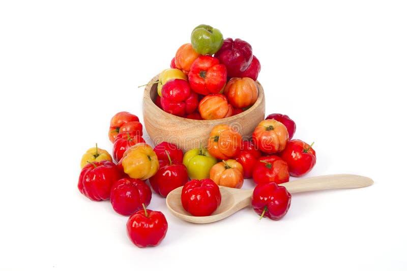 Le fruit de cerise des Antilles (glabra L ) image libre de droits