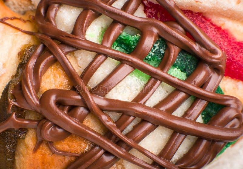 Le gâteau d'épiphanie, rois durcissent, Roscon de Reyes ou Rosca de Reyes photo stock
