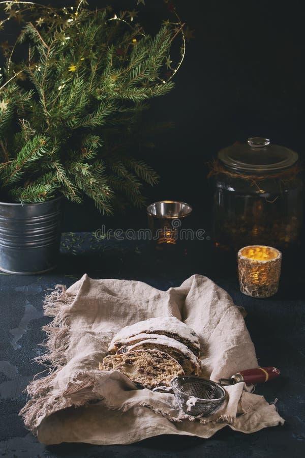 Le gâteau de Noël stollen photos stock