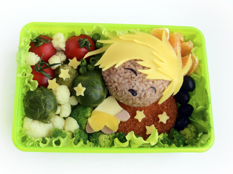 Le garçon de sommeil est fait de riz Nourriture créative pour la bons humeur et appétit Kyaraben, bento, chi photographie stock libre de droits