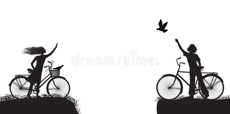 Le garçon et la fille sur la bicyclette s'ondulant et le garçon libère le pigeon, deux amants sur la bicyclette, noire et blanche illustration libre de droits