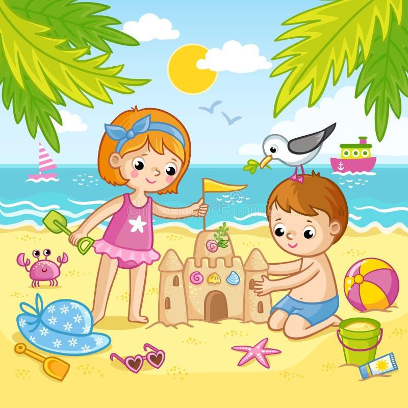Le garçon et une fille construisent un château du sable Enfants jouant sur la plage par la mer illustration stock
