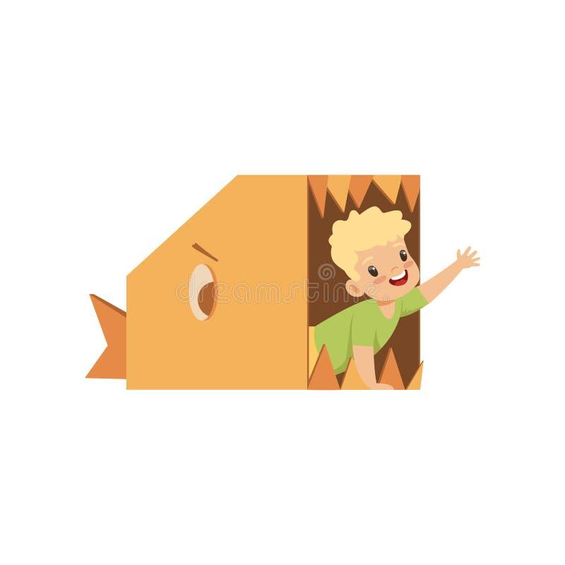Le garçon mignon jouant à l'intérieur d'un poisson toothy fait de boîtes en carton dirigent l'illustration sur un fond blanc illustration de vecteur