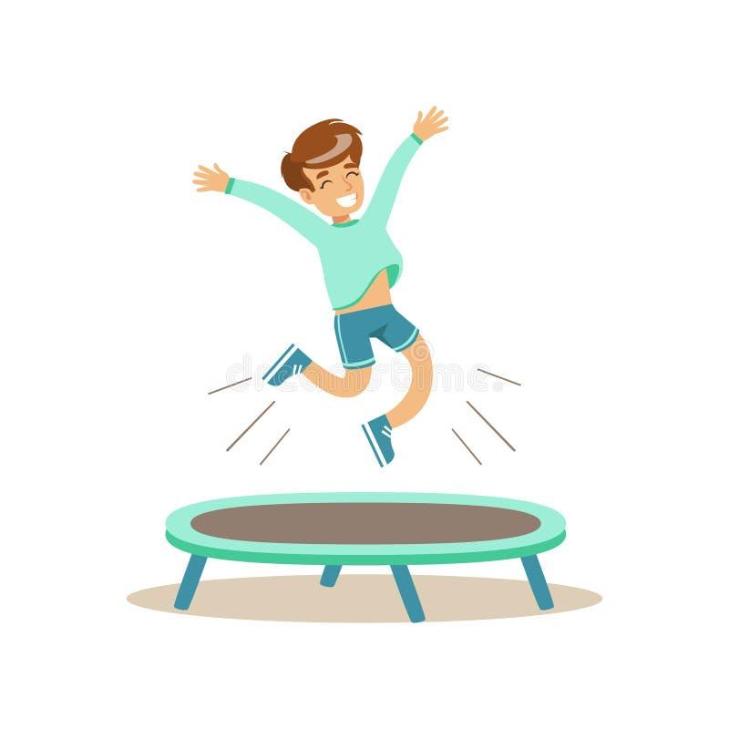 Le garçon sautant sur le trempoline, enfant pratiquant différents sports et activités physiques dans la classe d'éducation physiq illustration libre de droits