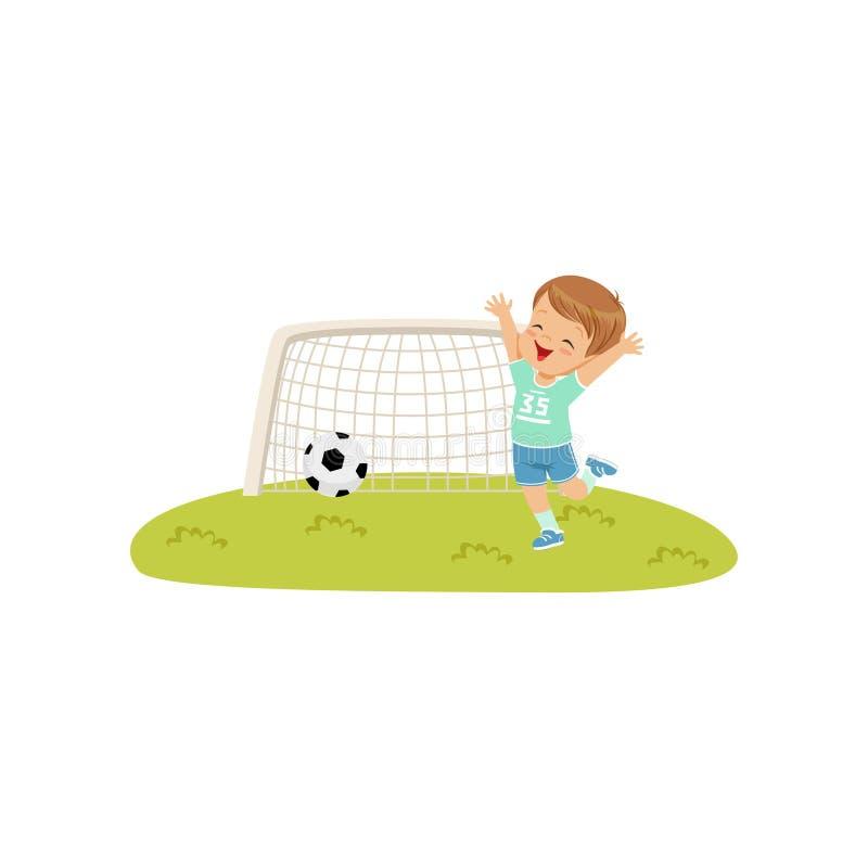 Le garçon smiing mignon a jeté la boule dans le but, badine l'illustration de vecteur de concept d'activité physique sur un fond  illustration libre de droits