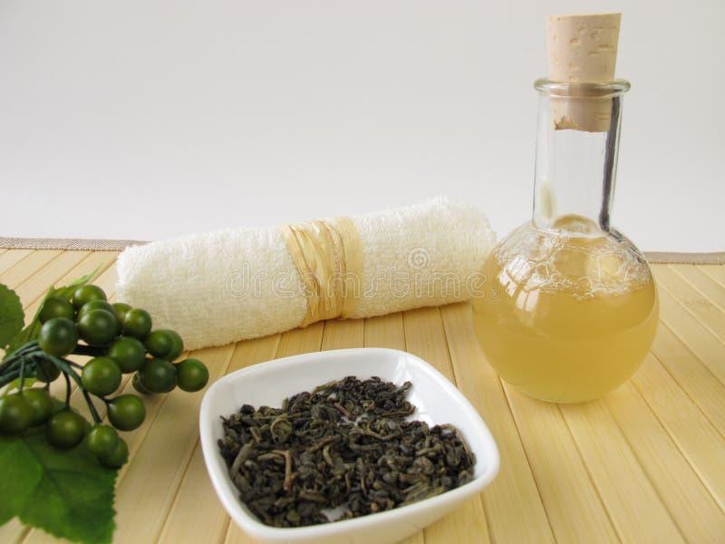 Le gel fait maison de douche avec le thé vert et le citron flairent photographie stock libre de droits