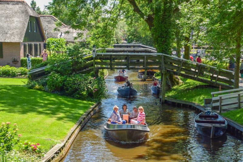 Le Giethorrn merveilleux aux Pays-Bas images libres de droits