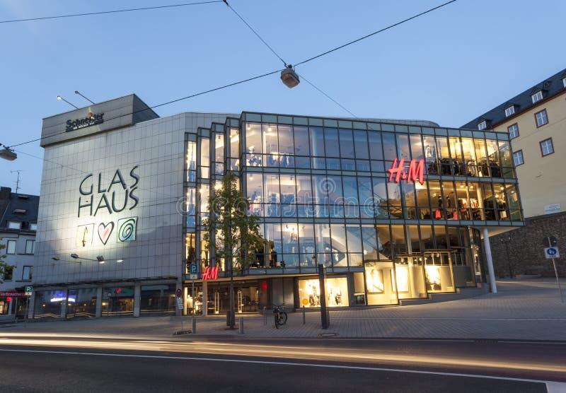 Download Le Glas Haus Dans Siegen, Allemagne Photographie éditorial - Image du nuit, illuminé: 77153862