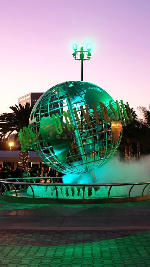Le globe d'entrée au parc à thème d'Universal Studios Hollywood, Los Angeles, la Californie photo stock