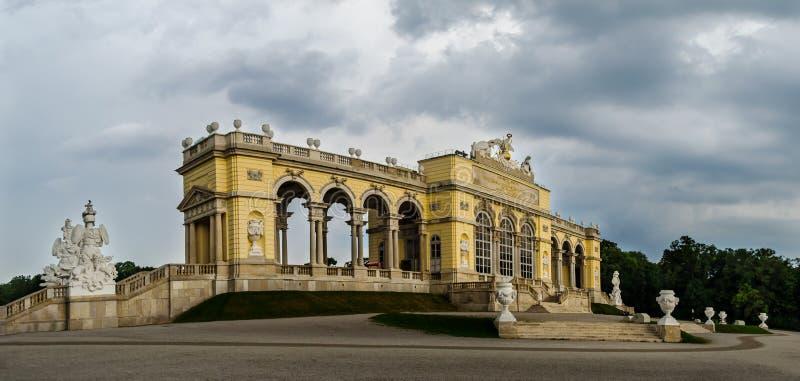 Le Gloriette, jardin de palais de Schoenbrunn Endroit de Sighseeing à Vienne photo stock