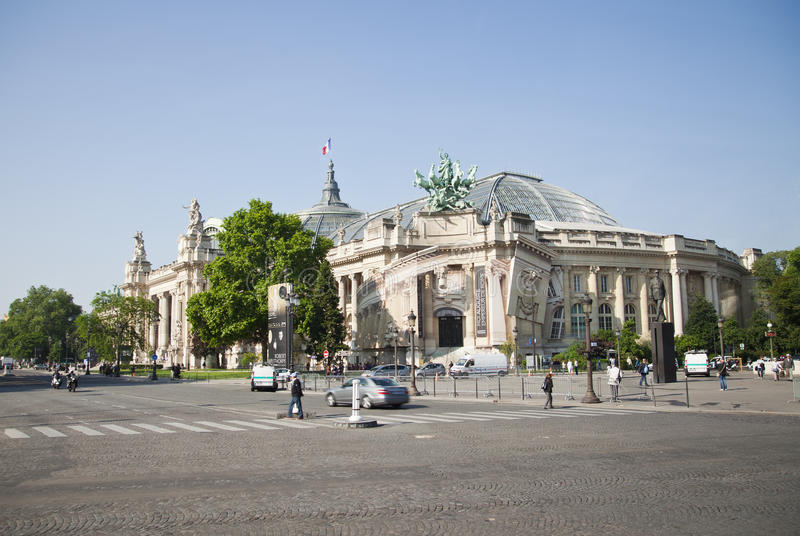 Download Le Grand Palais en París imagen editorial. Imagen de configuración - 44855385