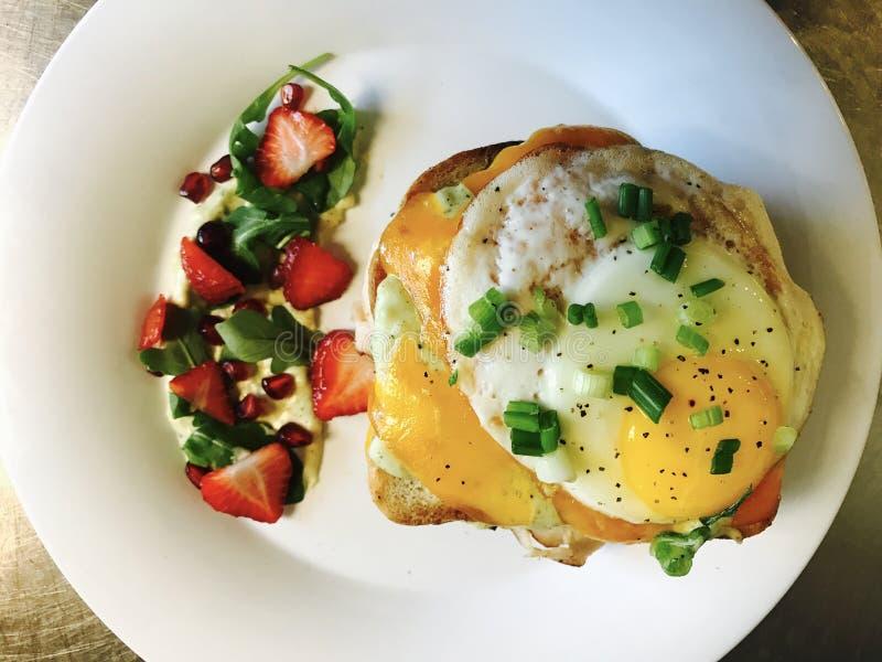 Le GRAND sandwich à B image libre de droits