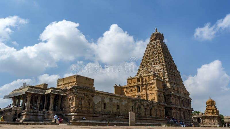 Le grand temple de Thanjavur, la vue de côté droit photo libre de droits