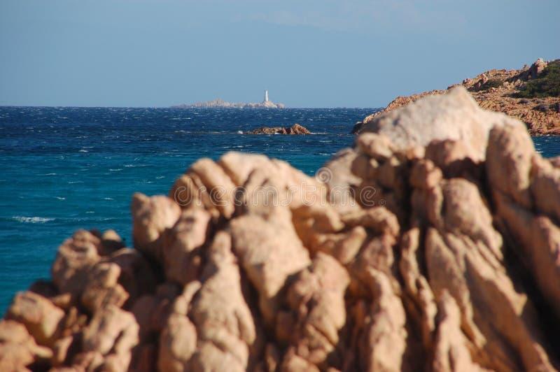 Le granit et le phare photographie stock libre de droits