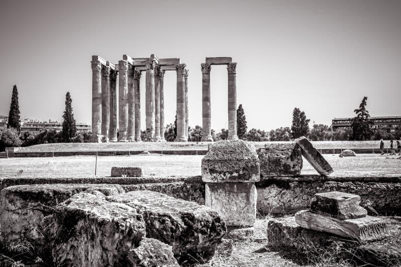 Le grec ancien ruine donner sur le temple de Zeus olympien, Ath image libre de droits