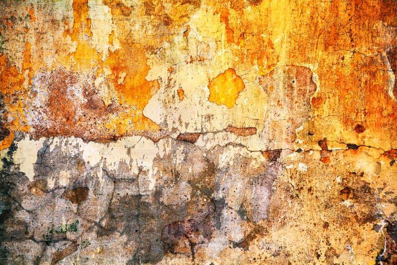 Le grunge donne à des milieux une consistance rugueuse Fond avec l'espace Vieux mur photo stock