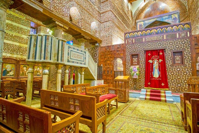 Le hall de prière de St Barbara Church dans le secteur copte, le Caire, image stock