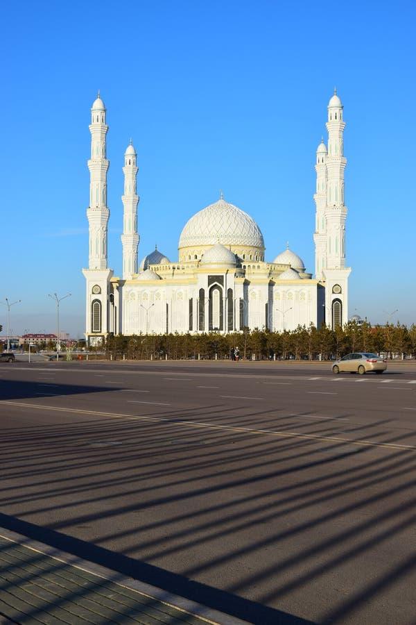 Le Haziret Sultan Mosque à Astana/Kazakhstan photo stock