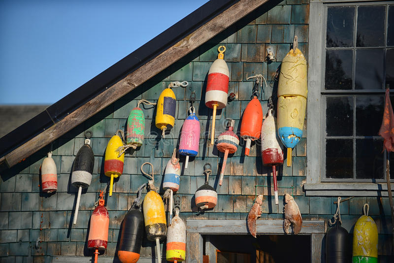 Le homard flotte du côté de la maison en parc national d'Acadia photos stock
