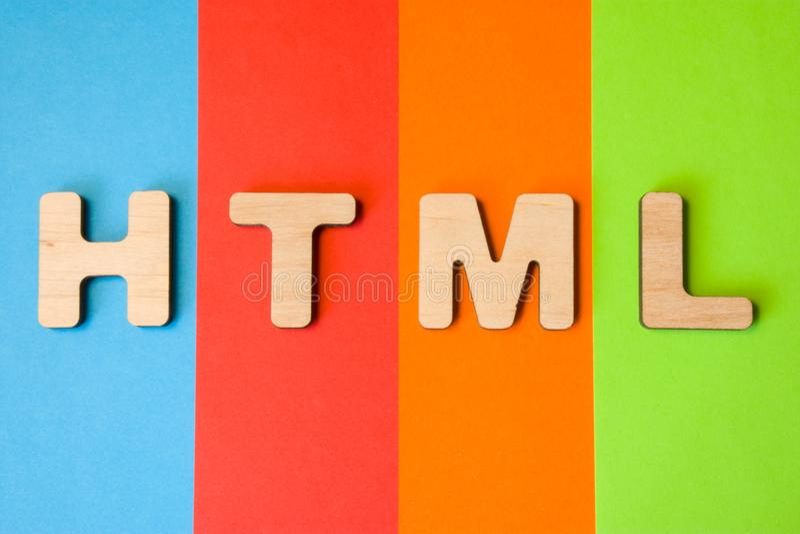 Le HTML de Word ou d'abréviation, signifiant le langage de balisage hypertexte en tant que langage de programmation d'Internet, e image libre de droits