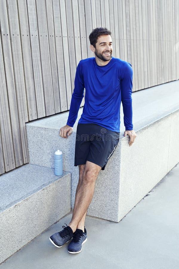 Le idrottsman nen i blått royaltyfria foton