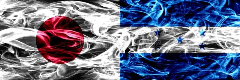Le Japon contre le Honduras, drapeaux honduriens de fumée placés côte à côte illustration stock