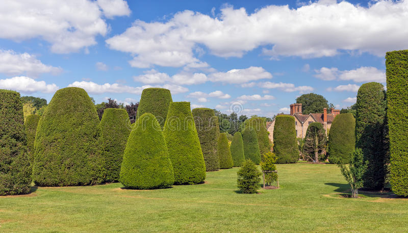Le jardin d'if, Chambre de Packwood, le Warwickshire, Angleterre photos stock