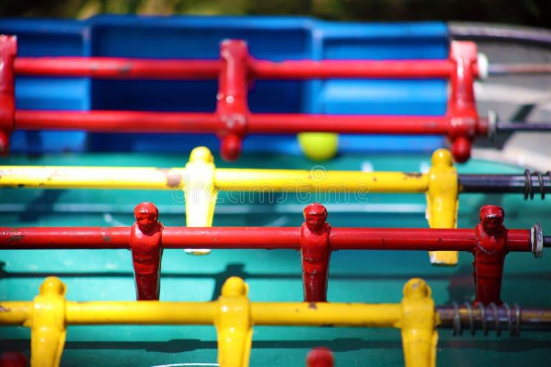 Le jeu traditionnel du foosball argentin, le football du football de table a également appelé Metegol en Amérique latine images stock