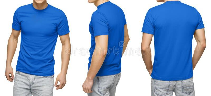 Le jeune mâle dans le T-shirt bleu vide, avant et vue arrière, a isolé le fond blanc Concevez le calibre et la maquette de T-shir photo libre de droits