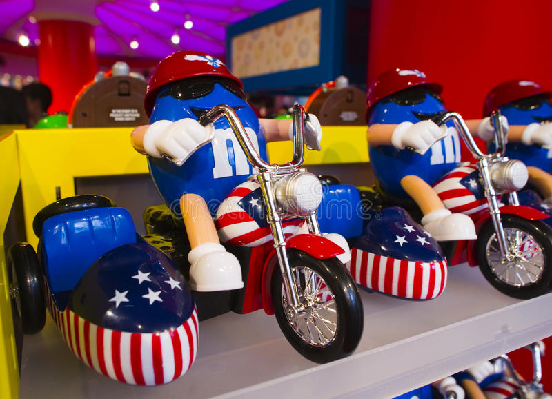 Le jouet de M&M bleu photographie stock libre de droits