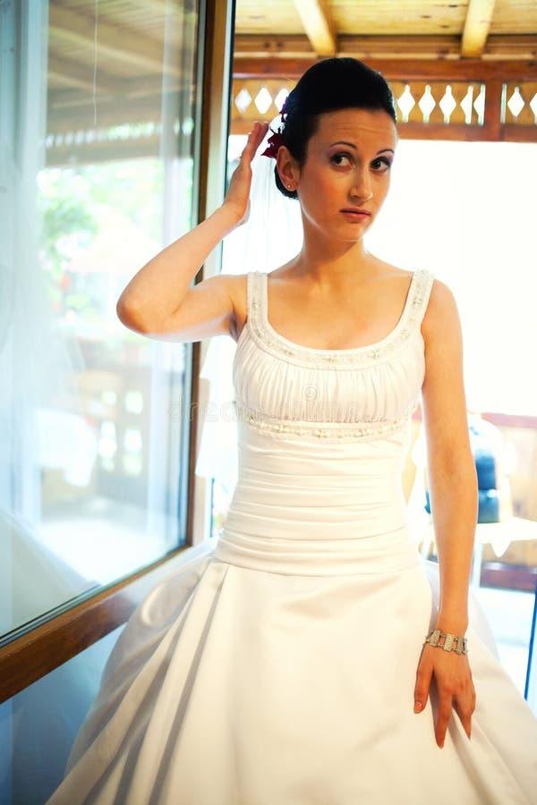 Le jour du mariage passé de contrôle photos stock