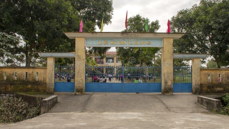 Le Kim Lang Primary School, Dorf von Phuong Nam bewirtschaftend, Vietnam stockfotografie