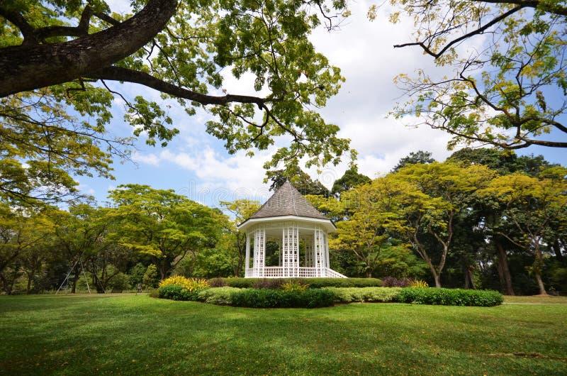 Le kiosque à musique dans les jardins botaniques de Singapour image stock