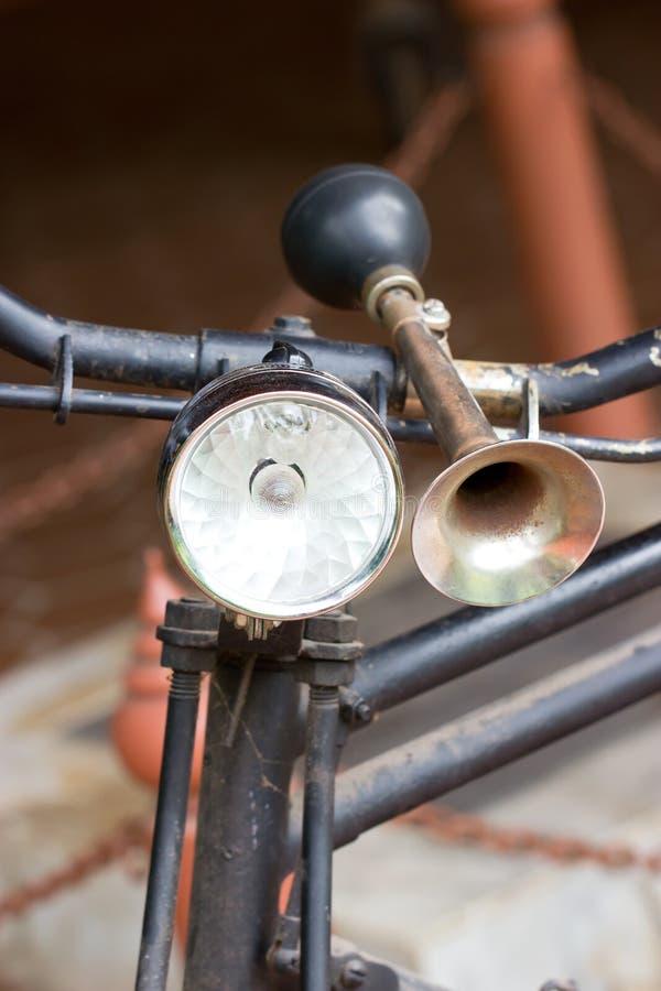 Le klaxon de la bicyclette. images libres de droits