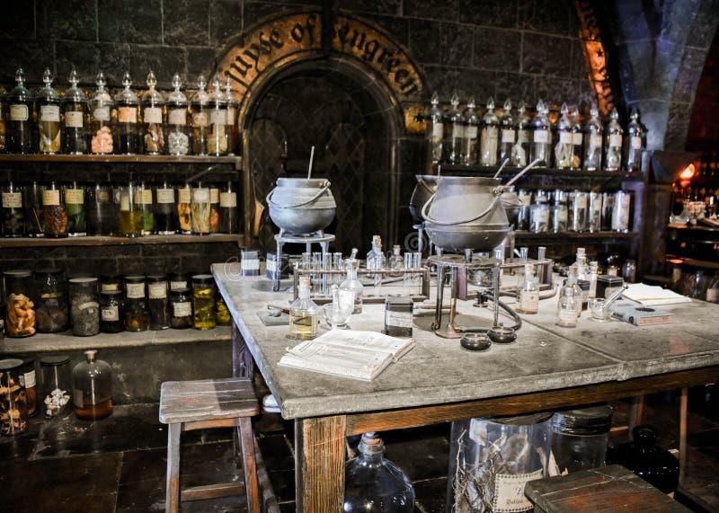 Le laboratoire magique dans l'exposition de Harry Potter à Londres a uni Kingdon photos libres de droits