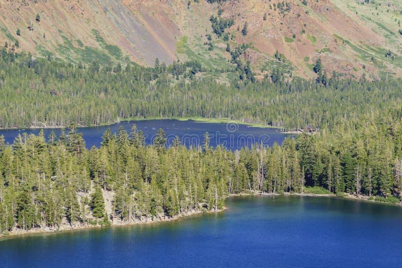 Le lac George et le lac se marient photos stock