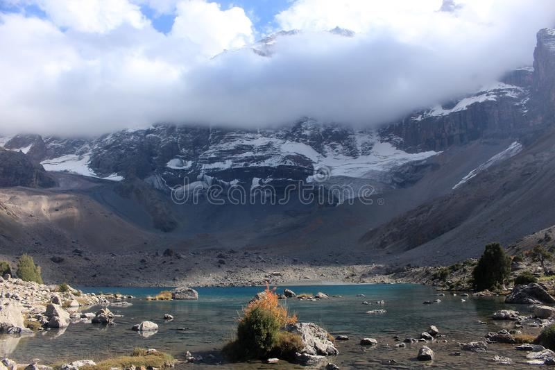 Le lac mountain photos libres de droits