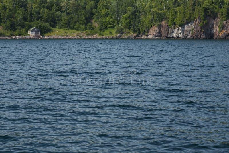 Le lac Supérieur pêchant Shack images stock