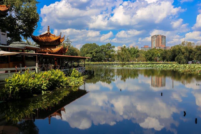 Le lac vert kunming's photographie stock libre de droits