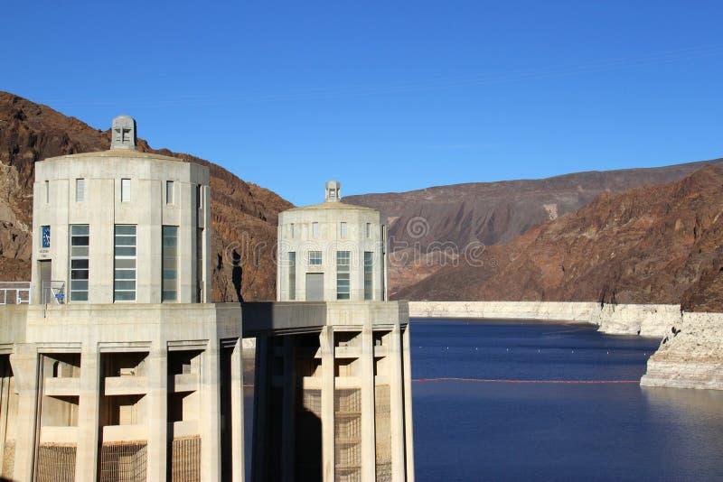 Le Lake Mead et le barrage de Hoover au Nevada image libre de droits
