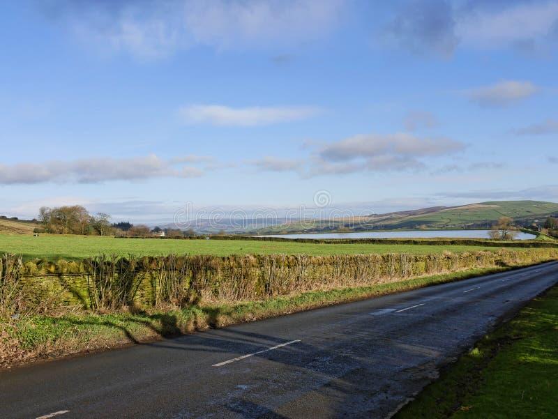 Le Lancashire est amarre sur la route à Barnoldswick dans la belle campagne à la frontière de Lancashire Yorkshire dans Nort image stock