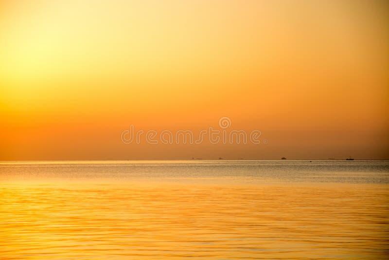 Le lever de soleil à Yantai images libres de droits