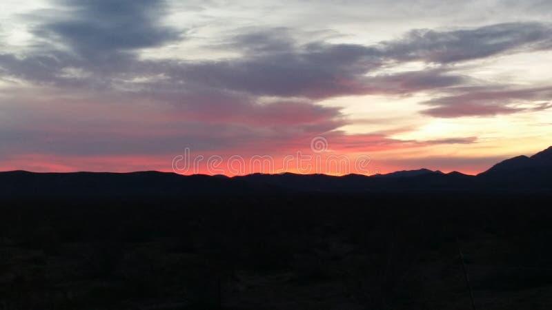 Le lever de soleil de début de la matinée images libres de droits