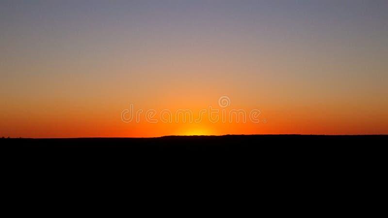 Le lever de soleil est un moment calme image stock