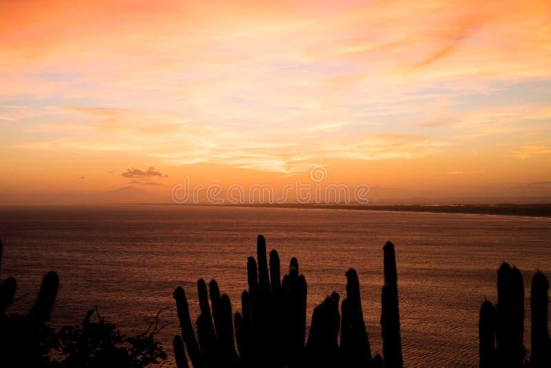 Le littoral d'Arraial font Cabo, Rio de Janeiro, Brésil photographie stock