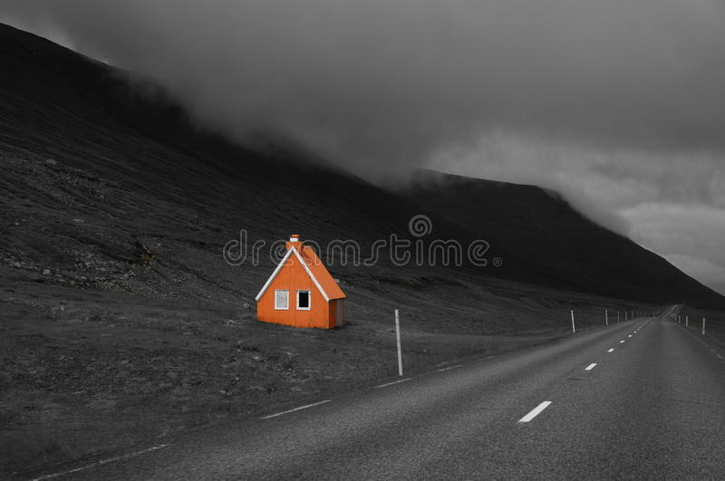 Le long de la route, l'Islande image stock