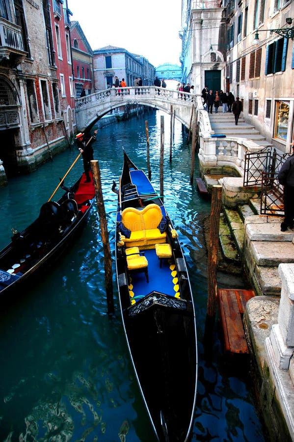 Le long des rues des séries de Venise photos stock