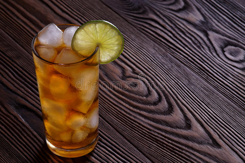 Le Long Island de cocktail a glacé le thé image libre de droits